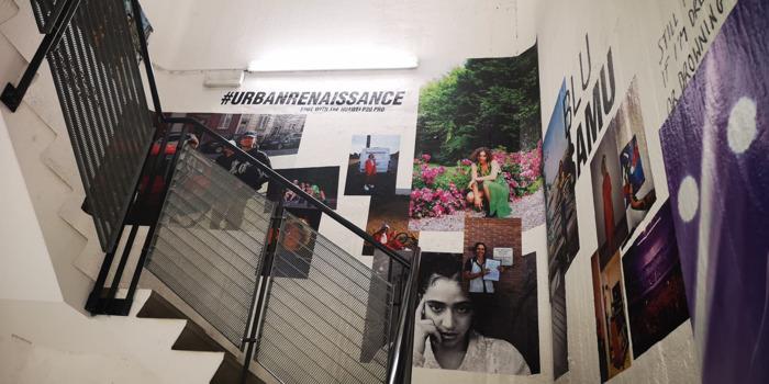 Huawei inaugure la première exposition verticale de photo de Belgique au WIELS