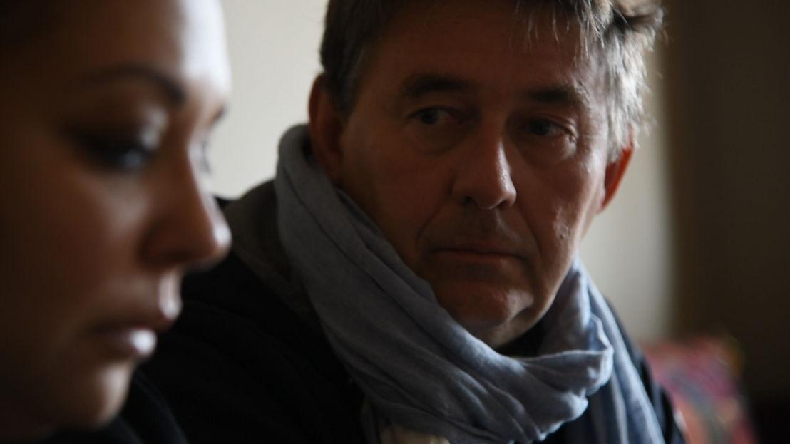 Panorama : Mijn Jihad - Rudi Vranckx met een moeder van een Syrië-strijder in Vilvoorde  - (c) VRT