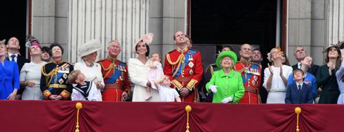 Nieuw op Canvas: The Windsors. Een koninklijk verhaal