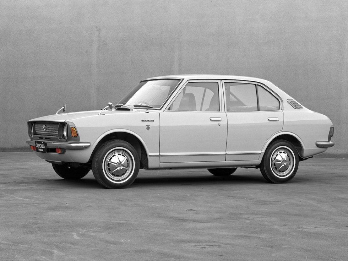 Toyota Corolla 1966 4p