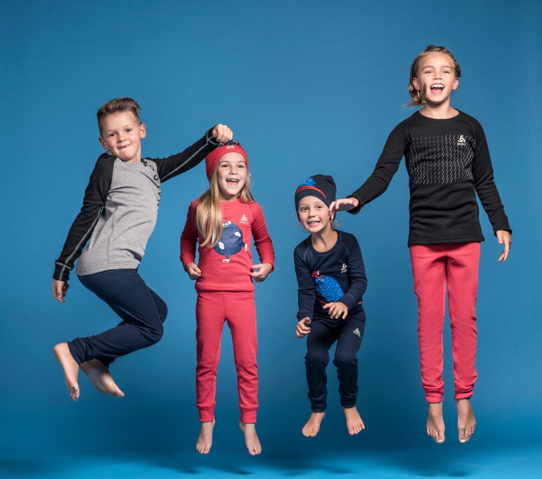 Collection KIDS d'Odlo : Jouer dehors lors d'une journée hivernale