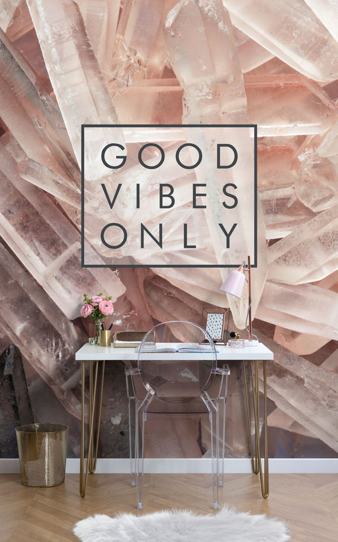Good Vibes Only Motivational Wallpaper
