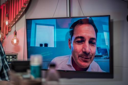 Premier Alexander De Croo wordt 'warme luisteraar' van Radio 2