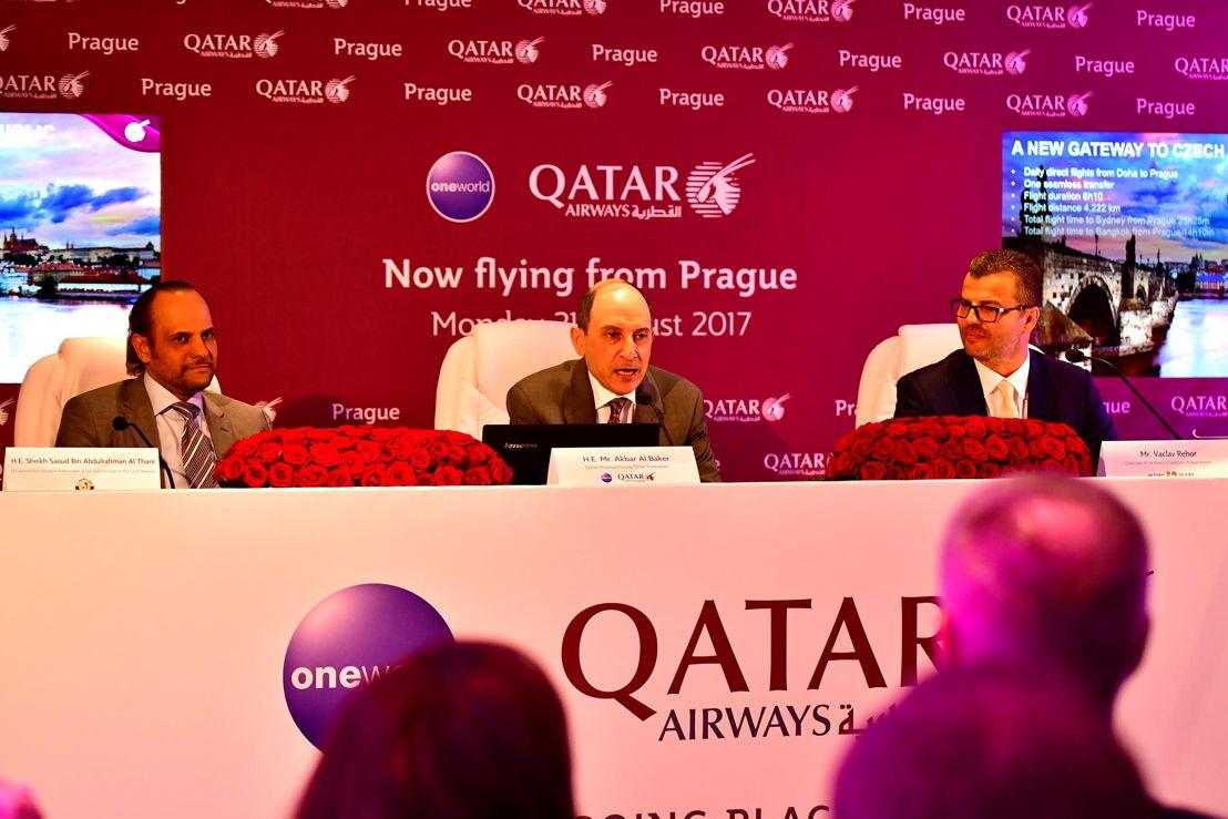 Tisková konference - Šejk Saoud bin Abdulrahman Al Thani (katarský ambasador v Německu), Akbar al-Bákir (generální ředitel Qatar Airways), Václav Řehoř 2