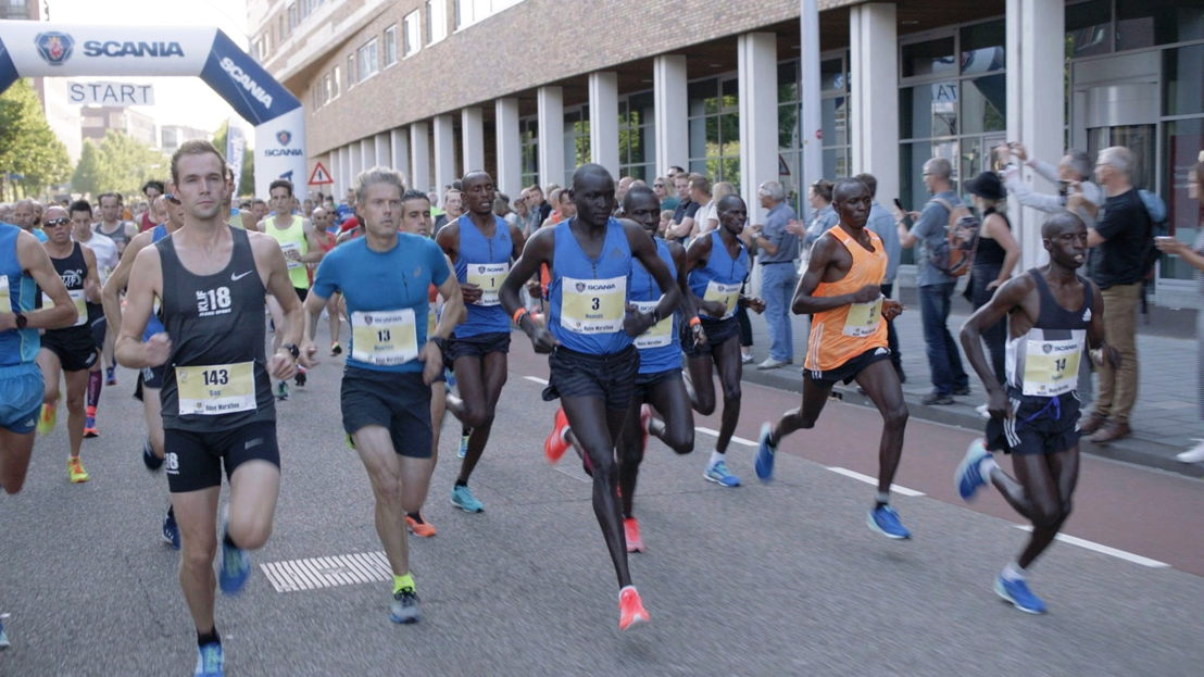 Marathon: Maarten en wereldrecordhouder Dennis Kimetto - (c) De Mensen