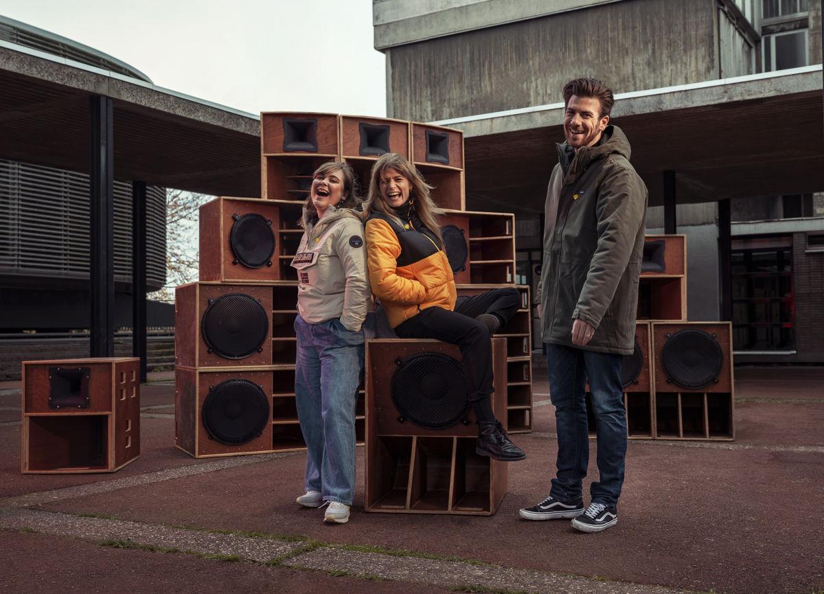 Fien Germijns, Eva De Roo en Joris Brys © Studio Brussel