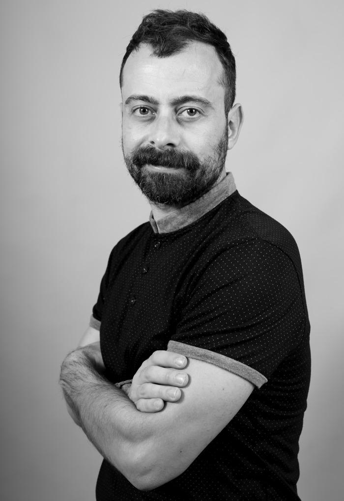 El barbero murciano Salvador Oliver alcanza por segunda vez consecutiva la final de los International Visionary Awards, uno de los galardones de peluquería más importantes del mundo
