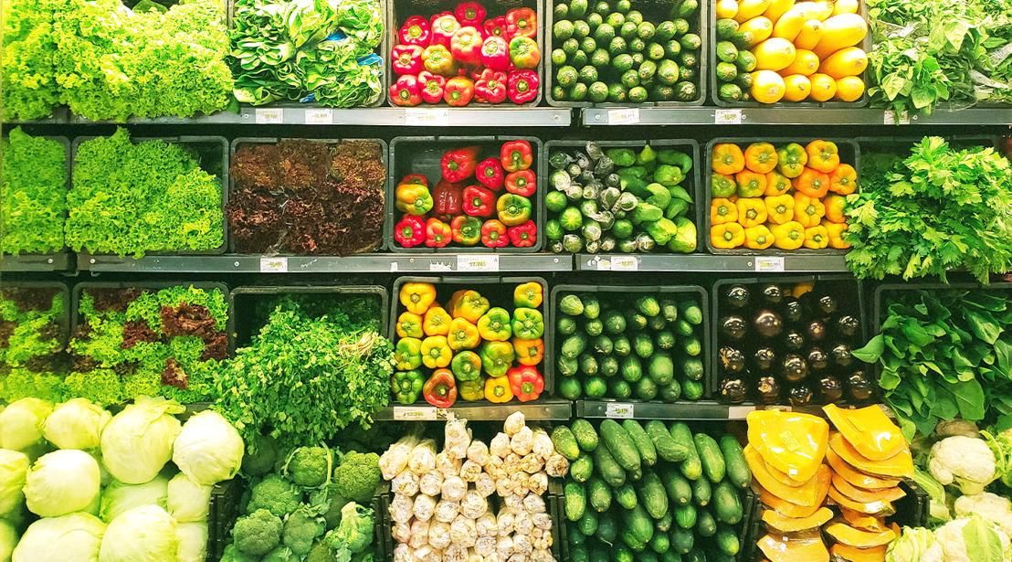 От поведенческите науки: Как пазаруването на храни се формира най-вече от това, което виждаме и как и защо останалите сетива са били изместени във времето
