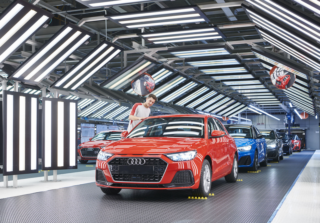 La production de l'Audi A1 débute à l'usine SEAT de Martorell