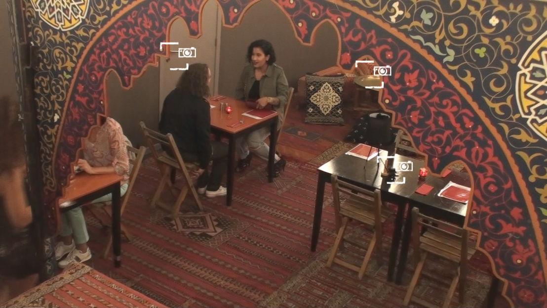 1. Geen echt Iraans restaurant<br/>Sorry voor alles (c) VRT