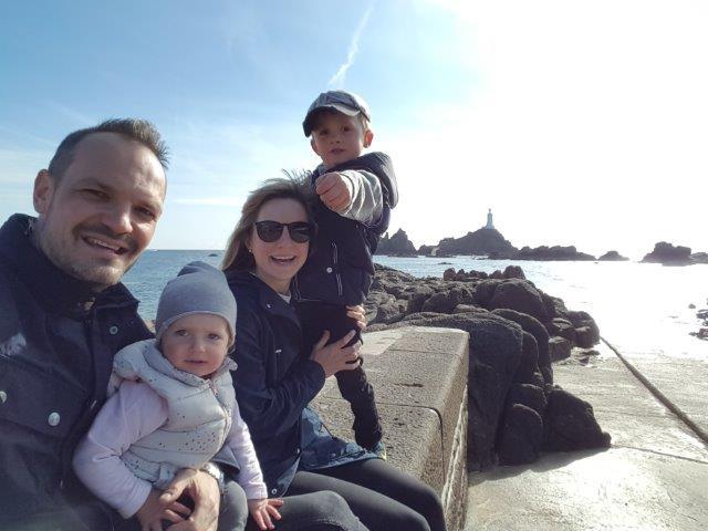 Pavel Volhejn s rodinou