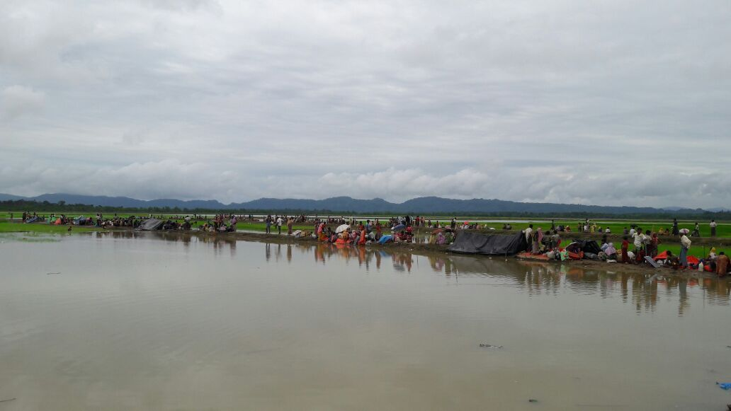 Rohingya who crossed into Bangladesh, fleeing violence in Rakhine state, Myanmar that started on 25 August. This massive influx, coming on top of 75,000 people who have arrived since violence began in October 2016, represents one of the largest influxes ever of Rohingyas into Bangladesh. Photographer: Madeleine Kingston