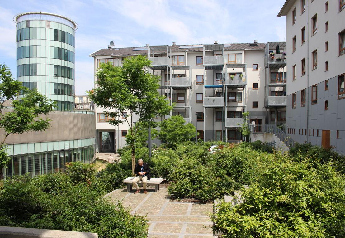 Philippe SAMYN and PARTNERS (Belgium) - renovation of 150 Housing Units