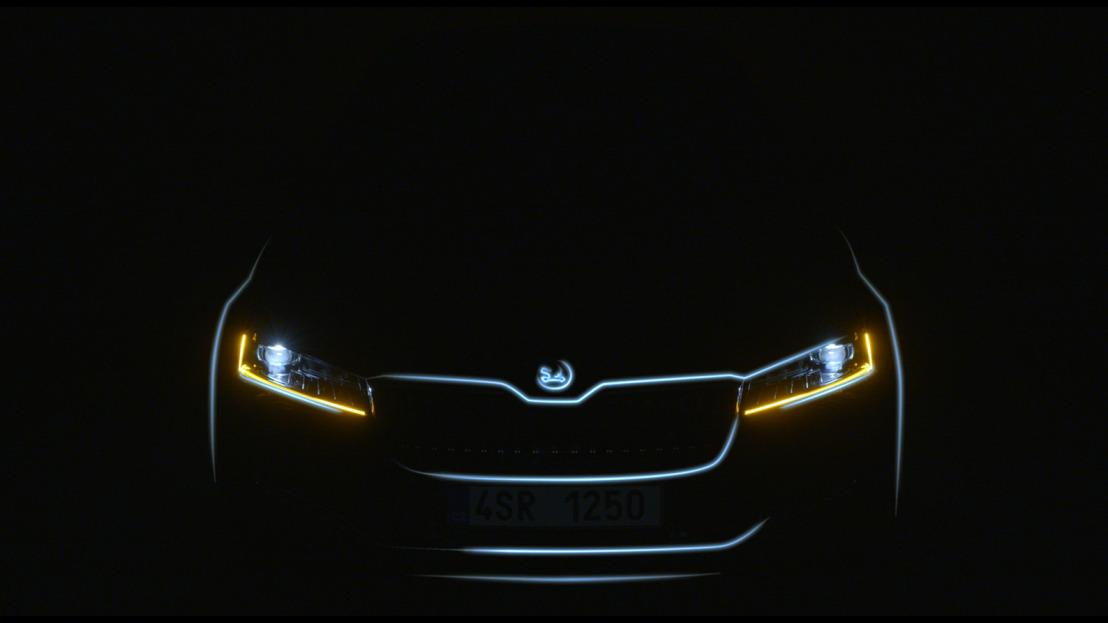 ŠKODA offers first impression of its upgraded SUPERB model range in teaser video