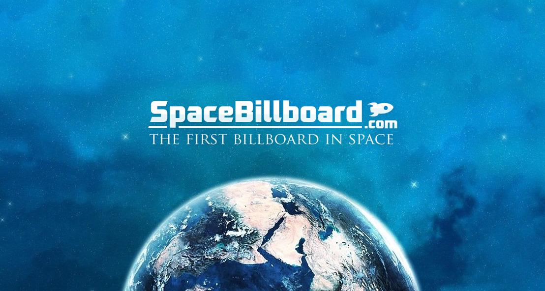 SpaceBillboard, het eerste reclamepaneel in de ruimte!