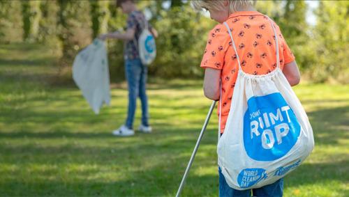 Honderden Roompot-medewerkers proberen zaterdag record World Cleanup Day te verbeteren