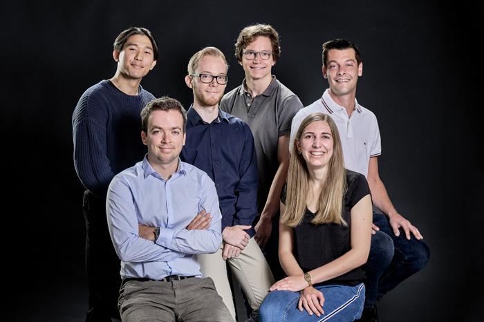 Build IT Academy van start: digitale poorten van DPG Media openen voor 6 trainees