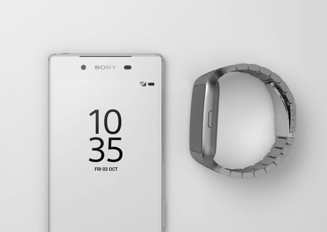 Z5 White on White & SmartWatch 3