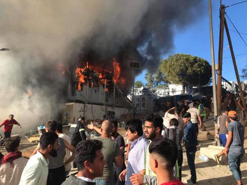 """""""Ya es hora de evacuar urgentemente a las personas de este infierno en el que se ha convertido Moria"""""""