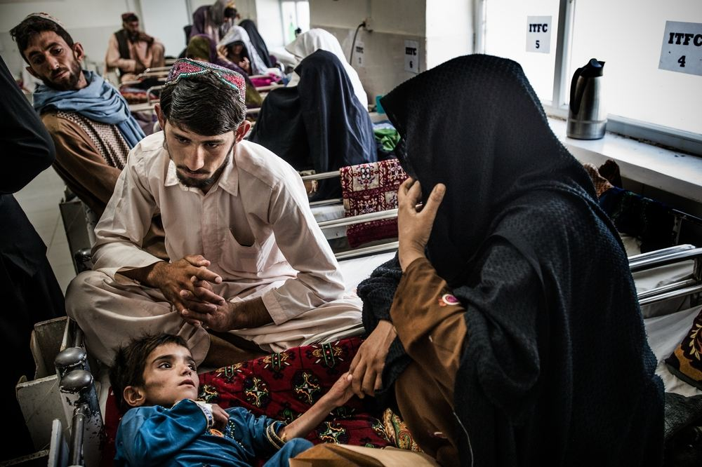 A girl with severe malnutritionis admitted to MSF's therapeutic feeding centre in Boost hospital, Lashkar Gah, in Helmand province. The girl and her family are from Marjah district, an area that has seen frequent fighting in recent months. Photographer: Kadir Van Lohuizen/Noor