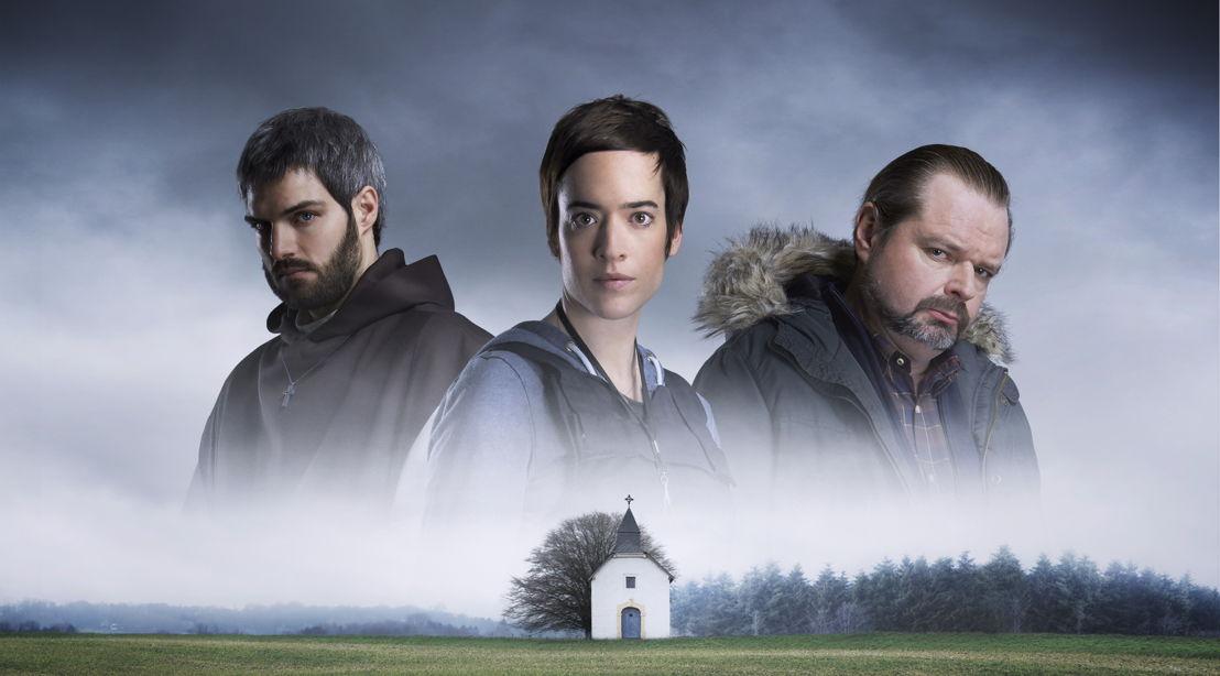 Lucas (Clément Manuel), Chloé Muller (Stéphanie Blanchoud), Patrick Stassart (Philippe Jeusette) - (c) RTBF