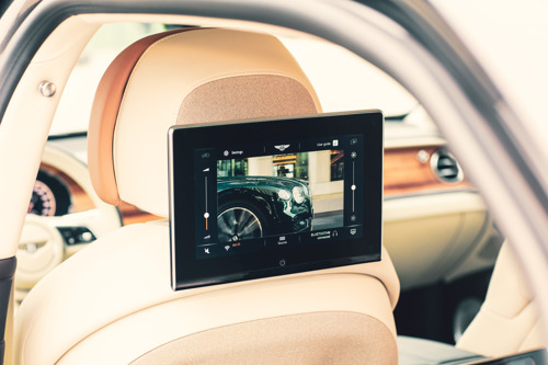 NEW CUTTING-EDGE ONBOARD ENTERTAINMENT SYSTEM FOR FLYING SPUR AND BENTAYGA