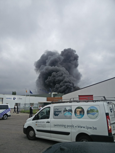 Incendie sous contôle chez LPW Ceramic Pools