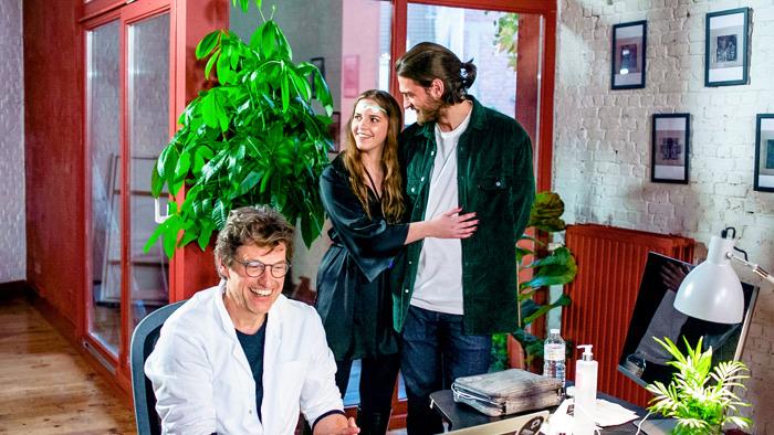 Ligt liefde en haat dicht bij elkaar? Acteurskoppels Filip Peeters en An Miller, en Bab Buelens en Vincent Banić testen het uit