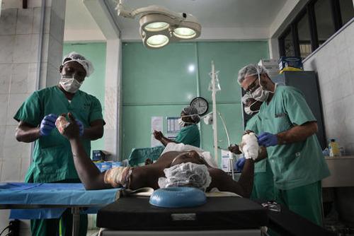 Artsen Zonder Grenzen genoodzaakt haar teams terug te trekken uit noordwestelijke regio Kameroen