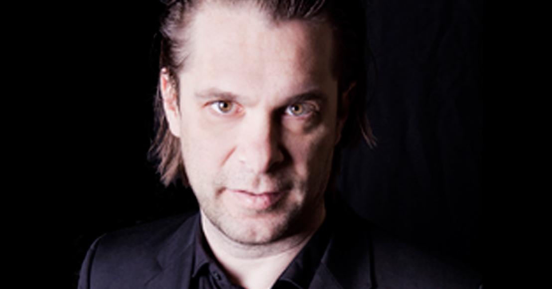 Hans Teeuwen start online community met nieuw materiaal