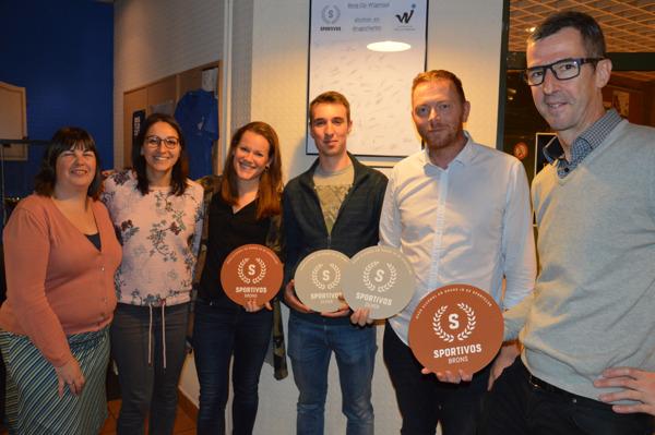 van links naar rechts: Els Vuerinckx, Ferahi Akel, Teun Smets, Arnout Aertgeerts, Bruno Vanaenroyde, Guy Mattheuwsen