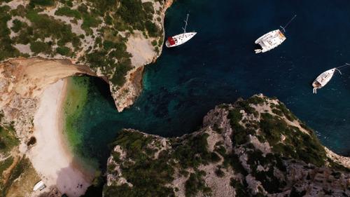 5 paradijselijke baaien voor de kust van Kroatië
