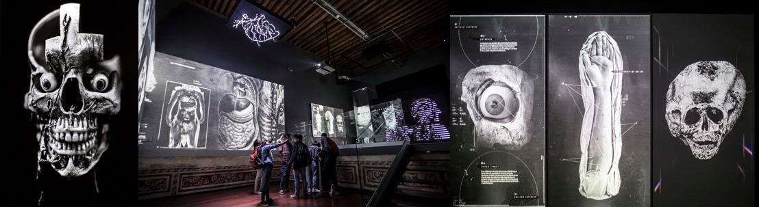 """Una experiencia multimedia """"de pies a cabeza"""" en el Palacio de la Escuela de Medicina"""