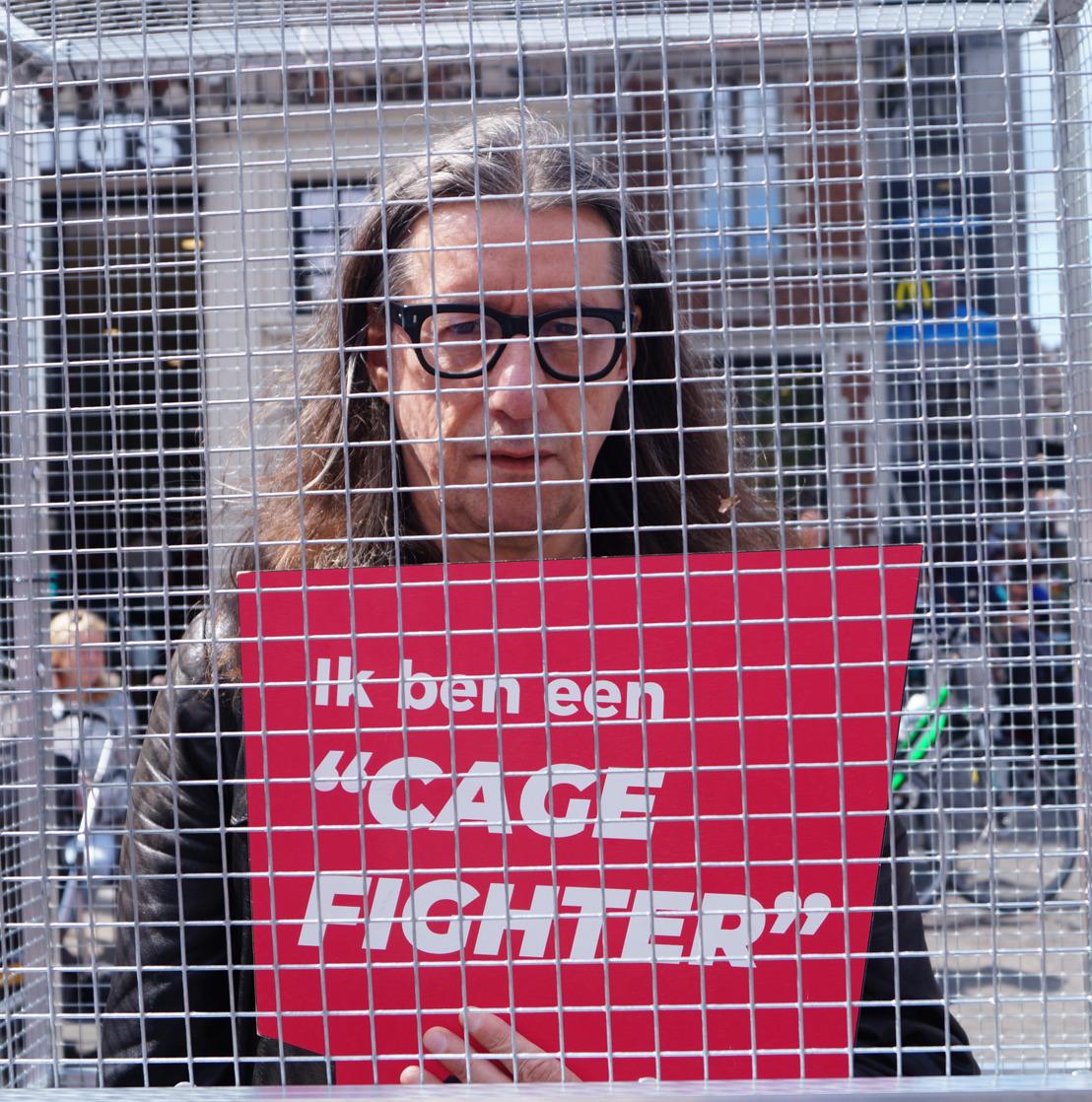 ZOMERTOURNEE 2019 // GAIA sluit Herman Brusselmans op in kooi