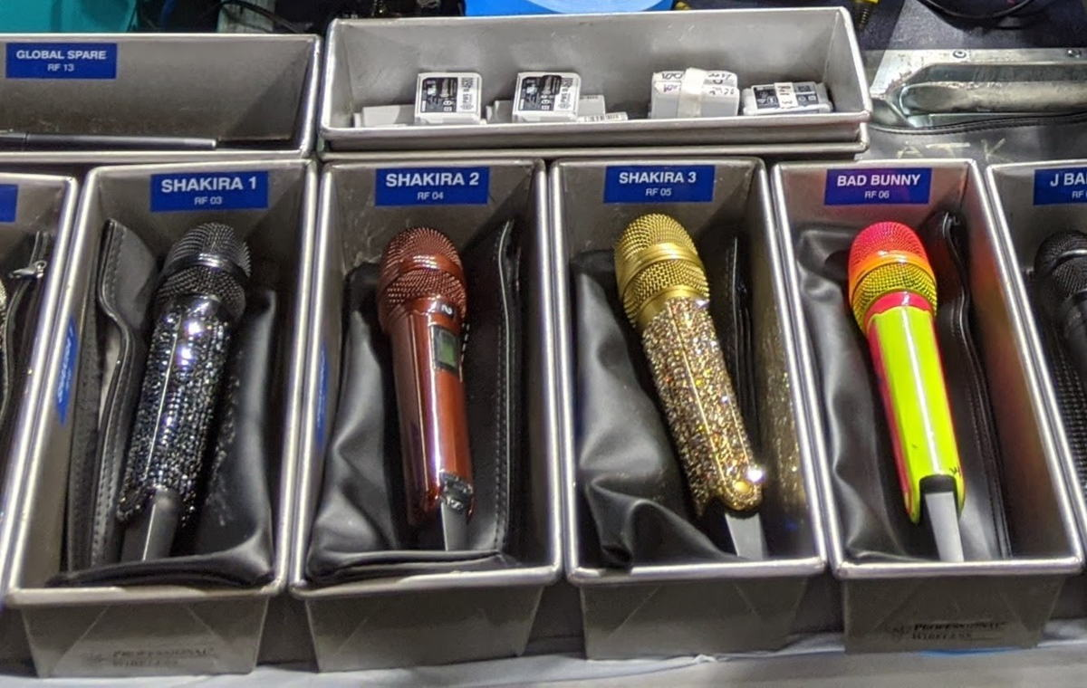 Sennheiser SKM 6000 transmitters, coupled with MD 9235 capsules, were used by Shakira and Bad Bunny at the Super Bowl LIV Halftime Show (photo courtesy Gary Trenda)
