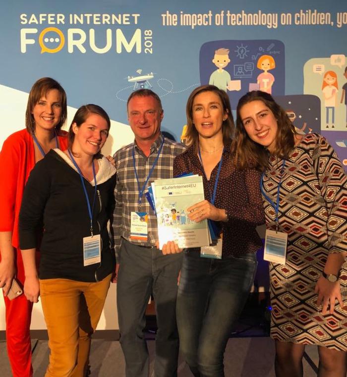 Gezinsbond en Child Focus winnen met 'Veilig Online' een Europese 'Safer Internet Award'