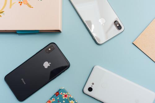 Donos de Iphone são mais felizes no amor, diz pesquisa