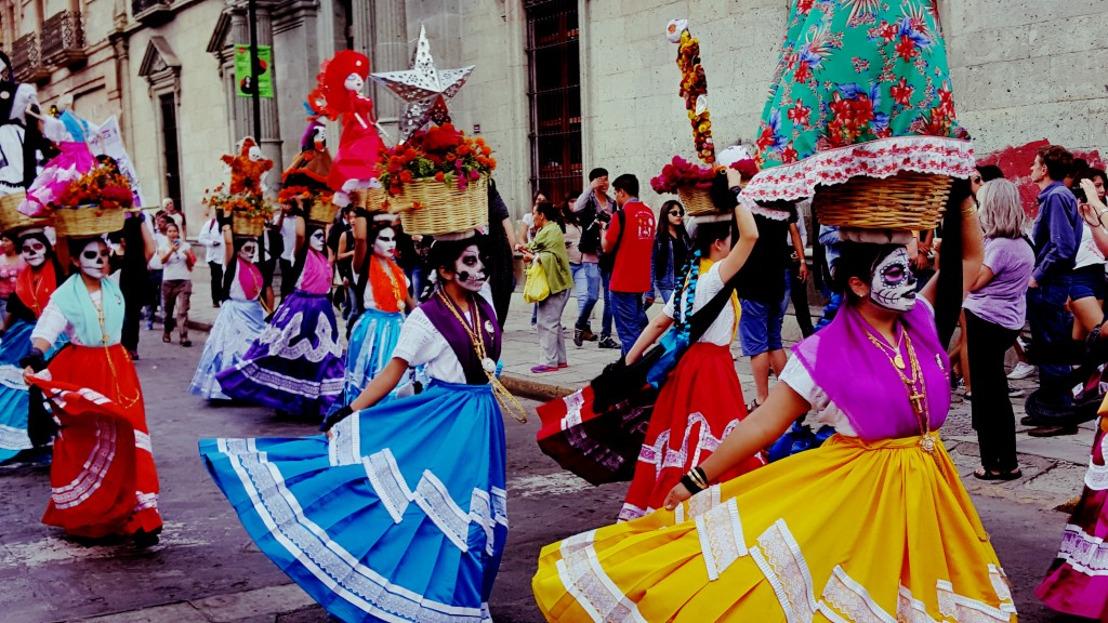 Tres destinos oaxaqueños para vivir las festividades de Día de Muertos
