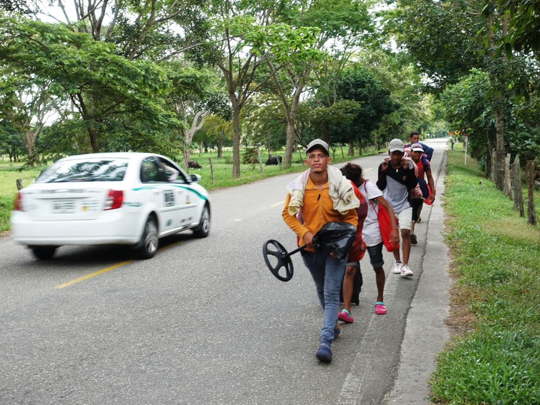 Los migrantes venezolanos en Colombia se exponen a inseguridad, condiciones de acogida precarias y una respuesta estatal limitada