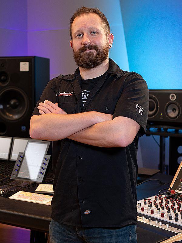 Sweetwater Studios Producer/Engineer Bobby Dellarocco