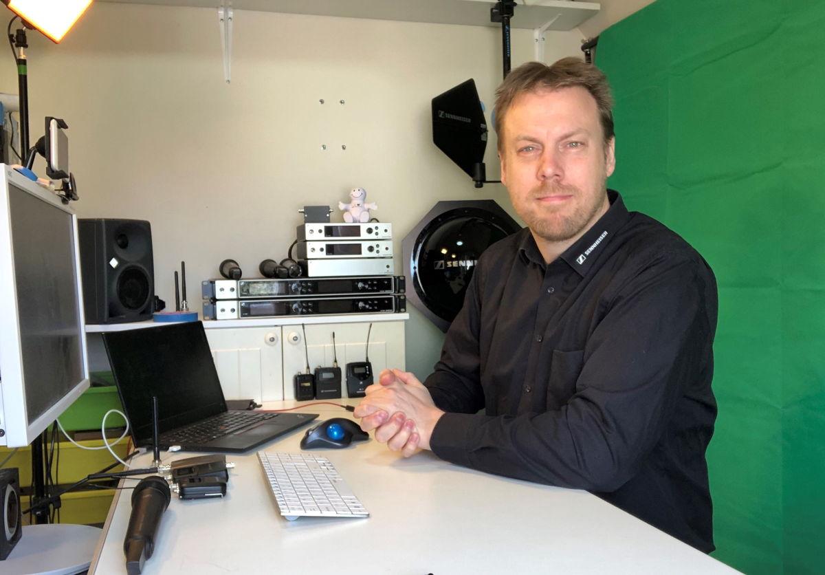 Sennheiser RF expert Jonas Naesby – ready to host a webinar on wireless microphones