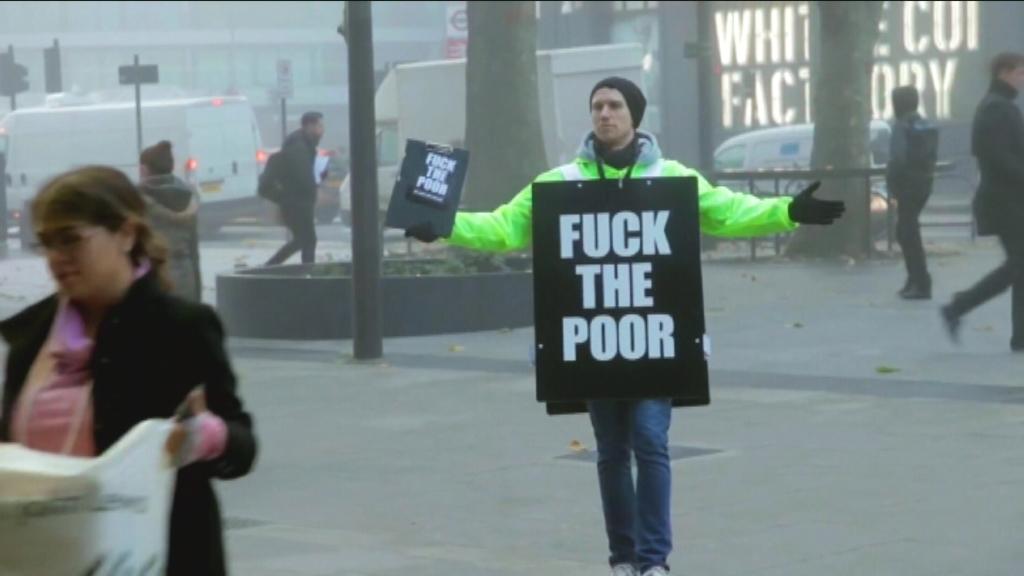 Het voordeel van de twijfel - Fuck the Poor - activist - (c) VRT