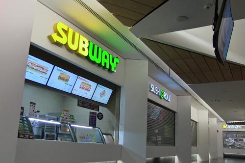 Subway promueve novedades con ayuda de una solución Digital Menu Board de Panasonic