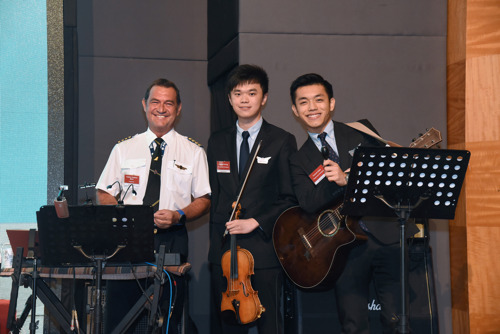 Flying High: Dragonair Aviation Certificate Programme Fuels Youngsters' Industry Ambitions