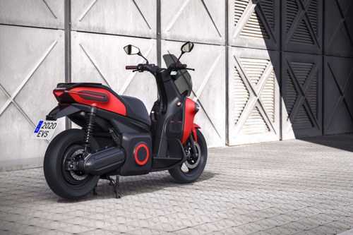 SEAT creates business unit to promote urban mobility and presents its e-Scooter concept