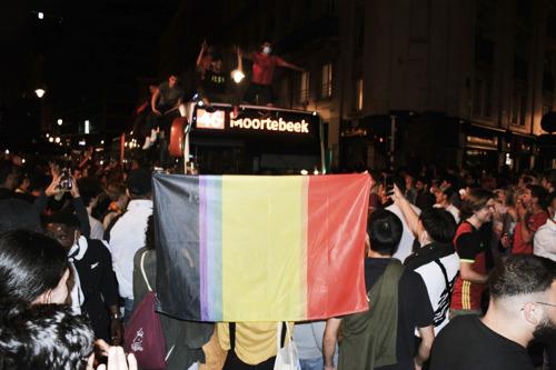 visit.brussels en FamousGrey geven voetbalvlaggen extra kleur