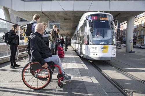 1e stap naar afschaffing reservatieplicht voor rolstoelgebruikers