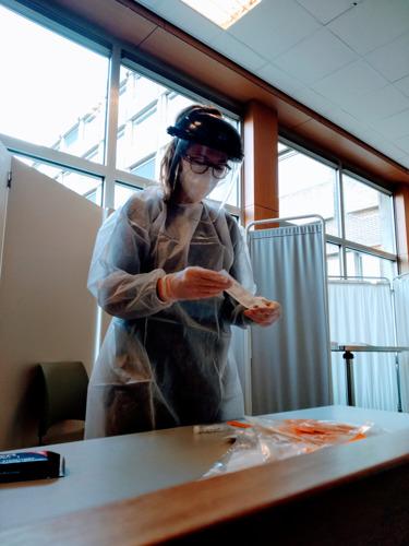 14 Odisee-studenten Verpleegkunde bieden hulp in de COVID-screeningcentra in onze regio