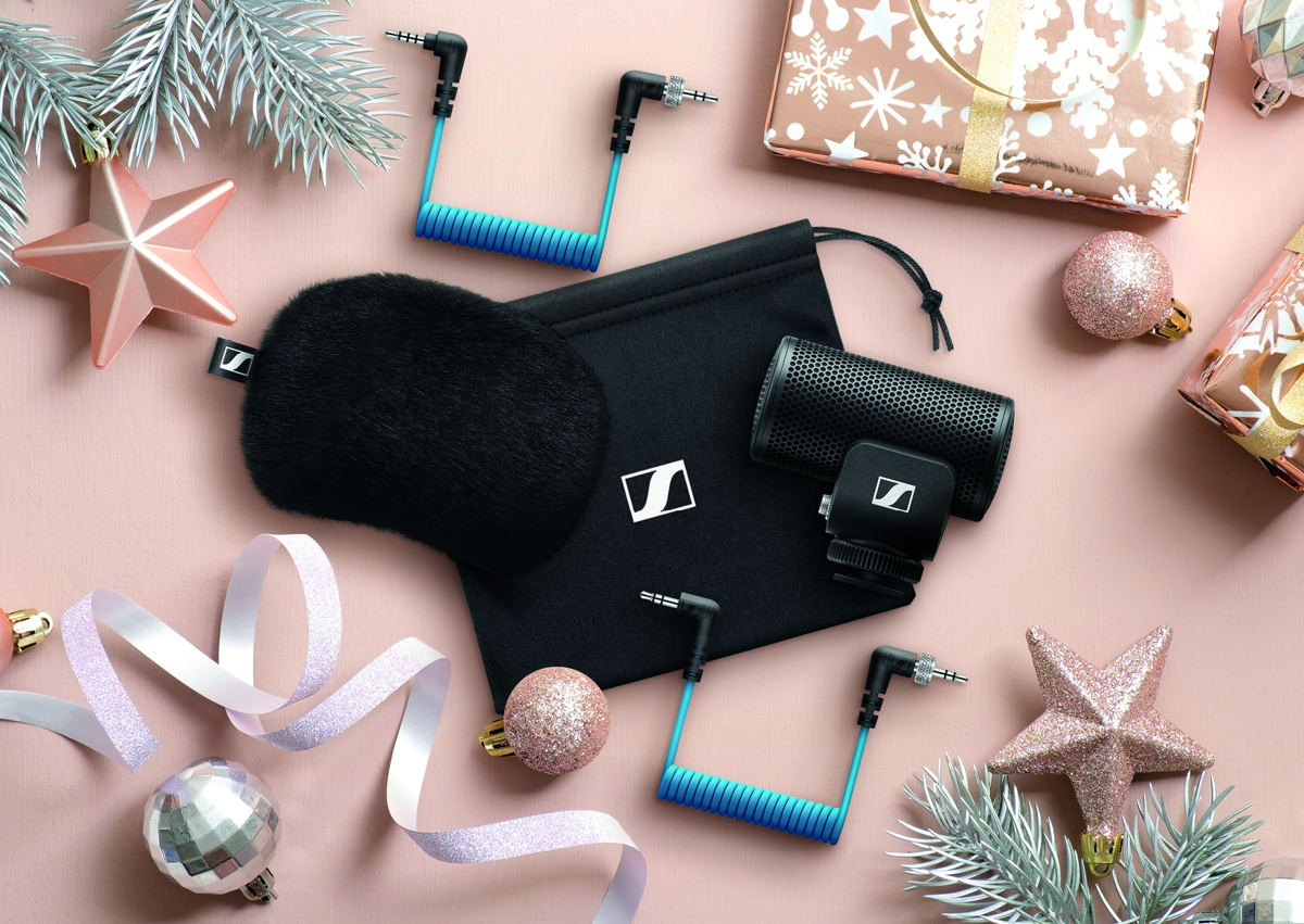 Rugged and sleek enough for DSLRs, DSLMs or phones – the MKE 200 from Sennheiser is an ideal take-anywhere audio upgrade