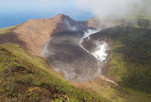 Grenada Government reiterates pledge to accept Vincentian evacuees